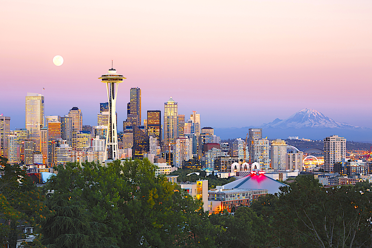 Stunning skyline of downtown Seattle and Space Needle